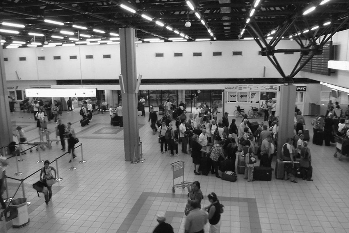 Corfu_Airport_6243036021_7a6780f6c3_b